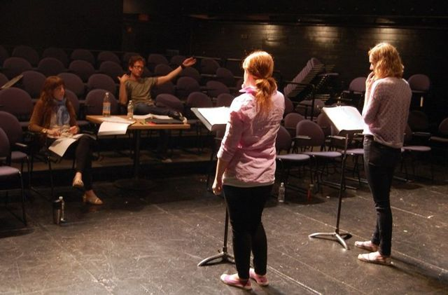 Как поступить в театральный ВУЗ на актера - краткая инструкция и ТОПовые университеты России - Для студента